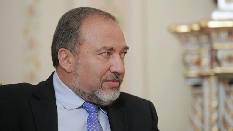 Политическа драма в Израел, военният министър подаде оставка