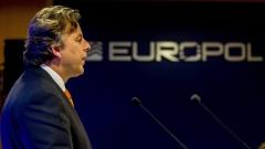 ДАЕШ може да извърши големи терористични атаки в Европа, предупреди Европол