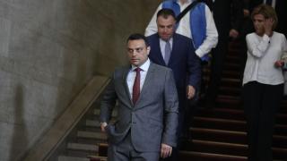 Шефът на въздухоплаването не бил уволнен заради корупция, уверява Московски