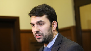 Васил Божков и Попов не са напуснали страната със служебните паспорти