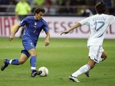 Дел Пиеро заплашил, че няма да играе за Италия, ако е халф