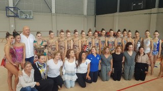 Министър Кралев изгледа съчетанията на Златните момичета дни преди Световното първенство по художествена гимнастика