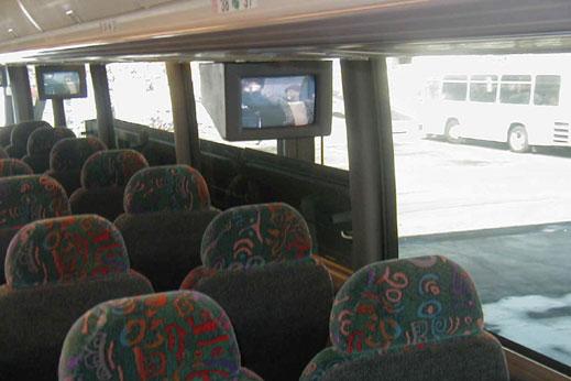 Над 300 автобусни фирми заплашват да преустановят работа