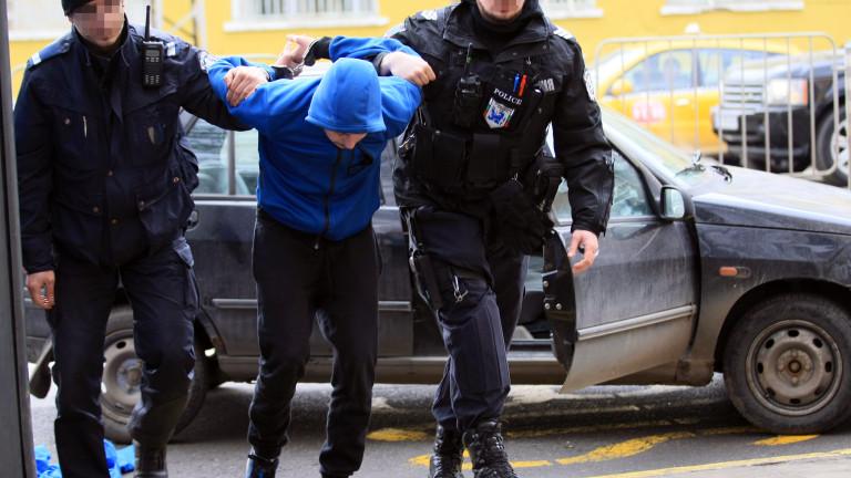 Заловиха пиян шофьор след гонка с полицията