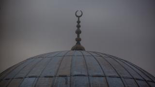 Кола се взриви до джамия в Ингушетия