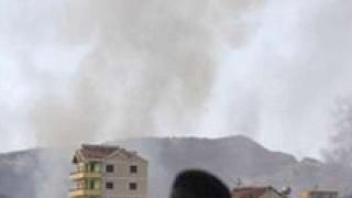 В Албания задържаха 3-ма за експлозиите край Тирана
