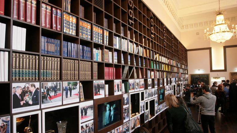 Увеличават с 15% заплатите на библиотекарите