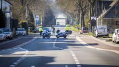 Счупиха прозорците на джамия в Холандия, няма пострадали