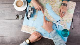 На почивка зад граница: Къде ходим и колко харчим?