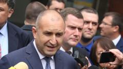 Радев: За разлика от Борисов моята фантазия има предел