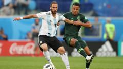 Челси се разделя с Алваро Мората и Оливие Жиру, за да вземе Гонсало Игуаин