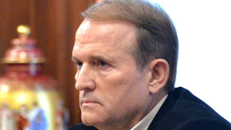 Украинският олиграх Виктор Медведчук, който е кум на руския президент