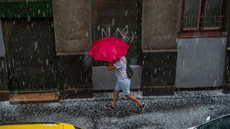Гореща събота ни очаква, дъжд на места