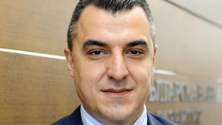 Николай Димитров е изпълнителен директор и член на Управителния съветна