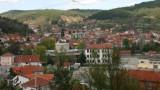 Задържаха трима български лекари в Босилеград...