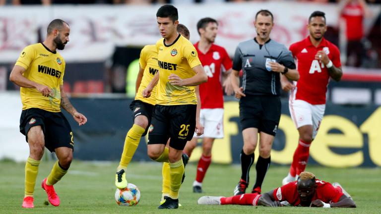 Треньорът на Ботев (Пловдив) Ферарио Спасов определи група от 16