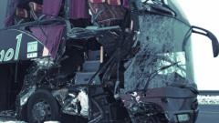 "Автобус и тир катастрофираха на магистрала ""Тракия"""
