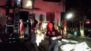 Най-малко 17 ученички загинаха при пожар в общежитие в Тайланд