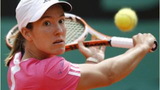 Федерер и Енен водачи в схемите на Wimbledon
