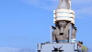 Огромна статуя на Рамзес II посреща туристите в най-грандиозния египетски музей