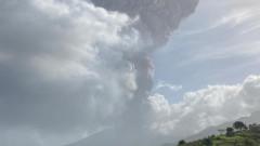 Вулкан изригна на Карибите, евакуират 16 000 души