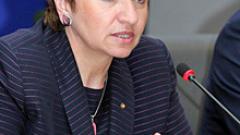 Плугчиева обвини Борисов в популизъм