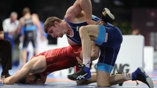 Мирослав Киров достигна до 1/4-финалите на Европейското първенство по борба