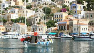 Българите ще плащат по-малък имотен данък в Гърция