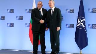 Борисов пред Столтенберг: Отбранителните способности на Европа не конкурират НАТО