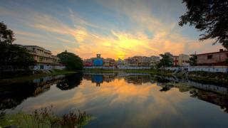 Как един от най-наводняваните градове в света остана без питейна вода?