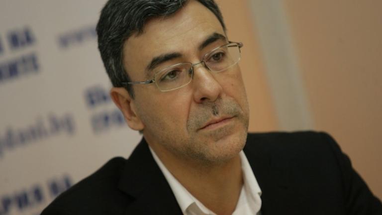 Поведението на ДСБ поставя петно върху целия РБ, критикува Даниел Вълчев
