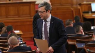 Биков обвини Румен Радев за политическата криза