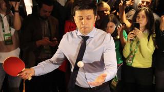 В украйнския парламент захапаха Зеленски за бягство от военна служба