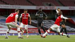 Арсенал - Ливърпул 2:1, Лаказет и Нелсън направиха обрата