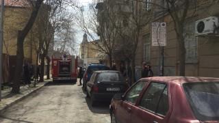 Евакуират сграда в Бургас заради пожар