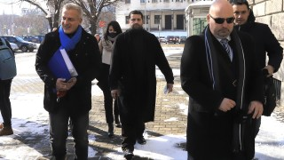 КОД на Петър Москов излиза на изборите срещу розовия революционен хаос
