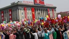 Как смартфоните могат да станат двойно по-скъпи заради Северна Корея?