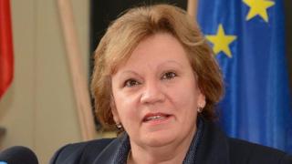 Корнелия Маринова: Ловеч гради бизнес среда, имаме четирима нови инвеститори