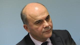 Социалният министър Бисер Петков подаде оставка