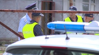 Пребиха полицай в Хасково, петима с белезници