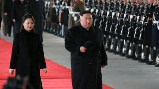 Ким Чен - ун ще е във Виетнам до събота