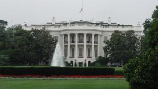 Белият дом погва офшорните зони