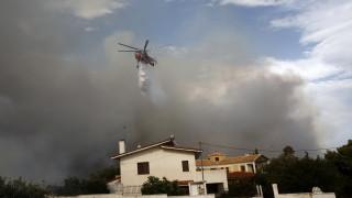 Гърция поиска от САЩ дронове за борба с пожарите