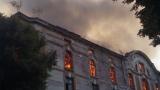 Пламнаха тютюневите складове в Пловдив