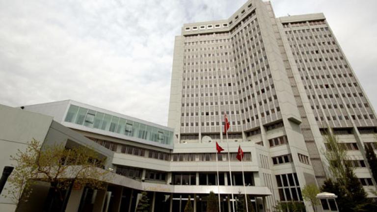 Турция за трети път привика холандския шарже д'афер