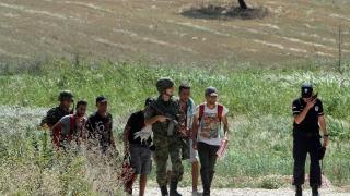 Шестима са в ареста за трафик на мигранти