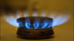 Природният газ поскъпва от 1 октомври, цената на парното без промяна