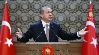 Ердоган е на всички фронтове, но има ли достатъчно пари?