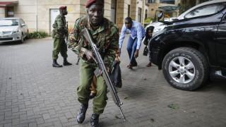 Най-малко 15 души са загинали в Найроби и 5-ма нападатели са ликвидирани