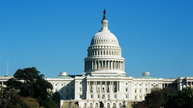 Конгресът задължи Белия дом да предостави документите за забавената помощ на Украйна